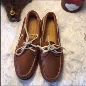 Sperry Top Siders NEW Size 7 Gold Cup